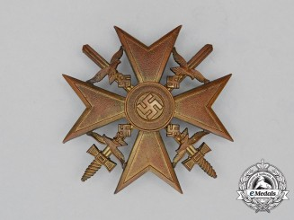 Germany. A Spanish Cross with Swords by Steinhauer & Lück, Gold Grade