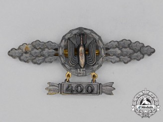 A Gold Grade Luftwaffe Squadron Clasp for Bomber Pilots with 400 Hanger