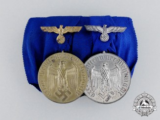 Germany. A Wehrmacht 12 Year and 4 Year Long Service Medal Bar