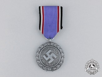 "Germany. An Air Raid Defence ""Luftschutz"" Medal; Second Class Heavy Version"
