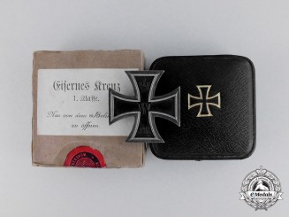 A Mint Iron Cross 1914 First Class by Sy & Wagner in its Case of Issue and Presentation Box
