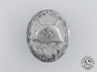 A German Silver Grade Wound Badge by Rudolf Wächtler & Lange