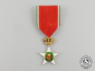 An Italian Order of Colonial Merit In Gold; Knight