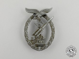 A Second War German Luftwaffe Flak Badge