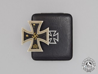 An Iron Cross 1939 First Class in its Original Case of Issue; Brass Core