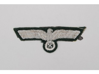 A Wehrmacht Heer (Army) Officer's Officer's Overseas Cap Eagle