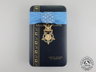 An American Army Medal of Honor; Type VI (1964-present)