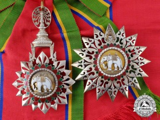 A Thai Order of the White Elephant; 1st Class Grand Cross Set