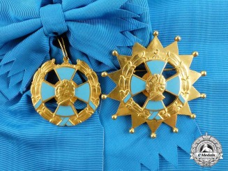 A Colombian Order of the Department of Cundinamarca; Grand Cross Set