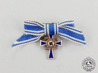 A 3rd Class Cross of Honour of the German Mother Boutonniere