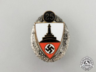 A German 25-Year Kyffhäuser Veteran's Organization Badge by Deschler