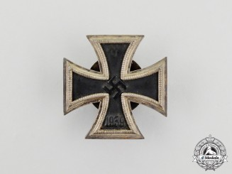 An Iron Cross 1939 First Class Screwback Version by Alois Rettenmaier