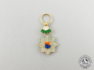A Miniature Korean Order of the Taeguk in Gold