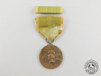 An American Second War Women's Army Corps Service Medal 1942-1943
