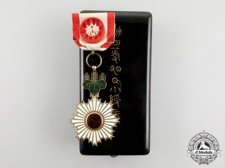A Japanese Order of the Rising Sun; 4th Class with Case