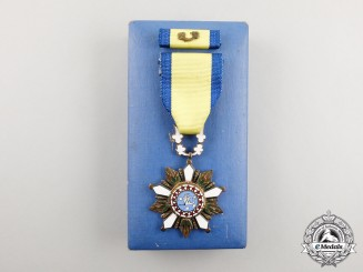 A Korean Order of Service Merit; 4th Class Knight with Case