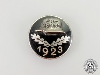 A Stahlhelm Membership Badge 1923