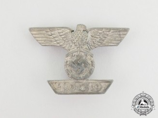 A Clasp to the Iron Cross 1939 First Class; Second Type