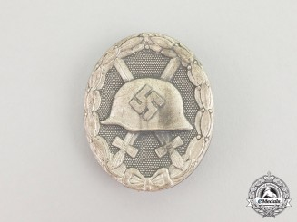 A Second War German Silver Grade Wound Badge by Steinhauer & Lück