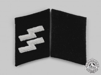 Germany, Third Reich. A Pair of Waffen-SS Mann's Collar Tabs