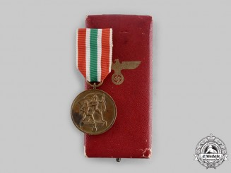 Germany, Third Reich. A Memel Medal with Case of Issue