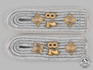 Germany, Heer. A Set of 78th Infantry Division Hauptmann Shoulder Boards