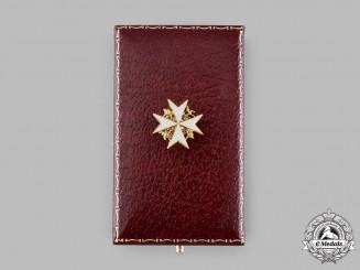 United Kingdom. A Spink-Made Order of St. John Lapel Badge