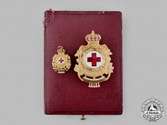 Bulgaria, Kingdom. A Red Cross Badge, II Version, Fullsize and Miniature