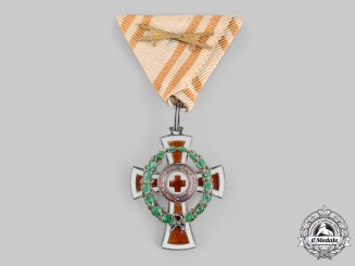 Austria, Imperial. A Red Cross Honour Badge, II Class with War Decoration