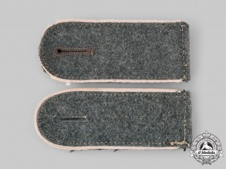 Germany, Heer. A Set of Infantry Enlisted Personnel Shoulder Straps