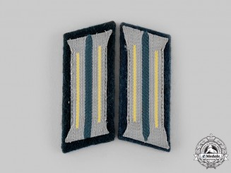 Germany, Heer. A Set of Signals EM/NCO's Collar Tabs