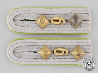 Germany, Heer. A Set of Panzergrenadier Hauptmann Shoulder Boards