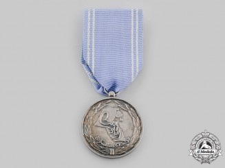 Kuwait, State. A Military Service Medal, II Class Silver Grade