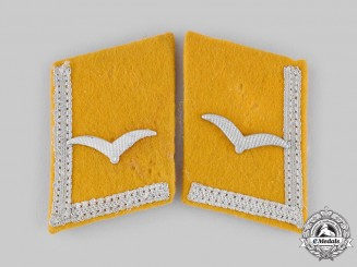 Germany, Luftwaffe. A Set of Flight Personnel Unteroffizier Collar Tabs