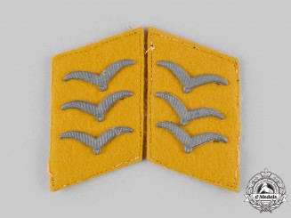 Germany, Luftwaffe. A Set of Flight Personnel Obergefreiter Collar Tabs