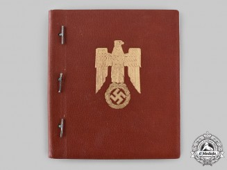 Germany, Wehrmacht. A Photo Album with Studio Portraits of Knight's Cross Recipients