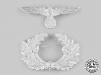 Germany, Heer. A Visor Cap Eagle and Cockade Wreath