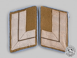 Germany, NSDAP. A Pair of Ortsgruppe Level HauptStellenleiter Collar Tabs