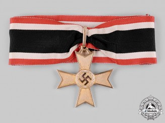 Germany, Wehrmacht. A Rare Knight's Cross of the War Merit Cross in Gold, by Deschler & Sohn