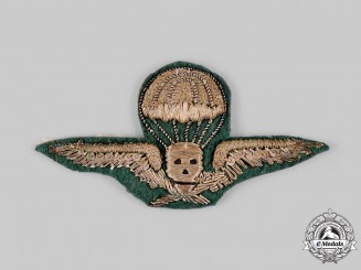 Hungary, Kingdom. A Rare Hungarian Parachutist Badge, Officer's Version