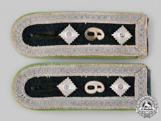 Germany, Heer. A Set of Panzergrenadier Oberfeldwebel Shoulder Straps