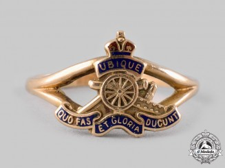 Canada, CEF. A Canadian Field Artillery Ladies Ring in Gold, by Birks