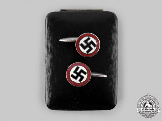 Germany, Third Reich. A Set of NSDAP Sympathizer Cufflinks, with Case, by Hütse