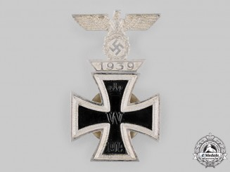 Germany, Wehrmacht. A Rare 1914 Iron Cross I Class, with 1939 Clasp, by B.H. Mayer