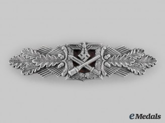 Germany, Wehrmacht. A Close Combat Clasp, Silver Grade, by Funcke & Brüninghaus (Lüdensheid)