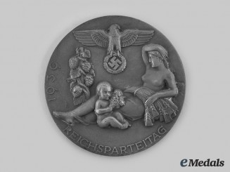 Germany, Third Reich. A 1939 Nuremberg Rally Combat Games II Place Victor's Table Medal