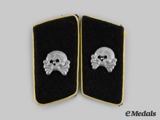Germany, Heer. A Set of Armoured Cavalry/Reconnaissance Collar Tabs