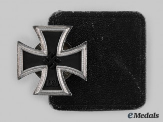 Germany, Wehrmacht. A 1939 Iron Cross I Class, with Case, by C.F. Zimmermann