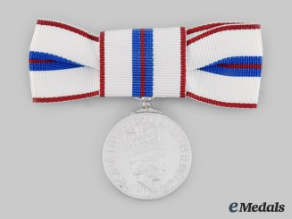 Canada, Commonwealth. A Queen Elizabeth II's Silver Jubilee Medal 1952-1977, Woman's Issue
