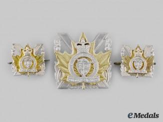 Canada, Commonwealth. A Perth Regiment Insignia Set, c. Post 1948 Design